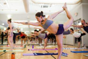 Достоинства и недостатки бикрам (горячей) йоги