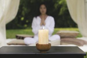 Особенности медитации на пламя свечи