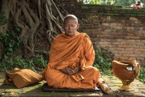 Виды и особенности мантр для медитации