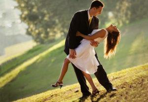Психология любви: как ведет себя мужчина, когда влюблен?